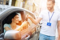 Jak wynająć samochód, gdy stwierdzono szkodę całkowitą?
