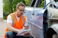 Wycena samochodu i programy do obliczania szkody