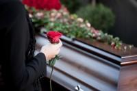 Zadośćuczynienie za śmierć osoby bliskiej - kto jest w kręgu uprawnionych?